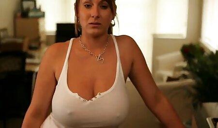 Sexxy hd sexfilme gratis Blonde Oiled Up & Spielzeug vor der Kamera