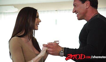 Schöne vollbusige Babe pornofilme kostenlos hd Dildos ihre Muschi