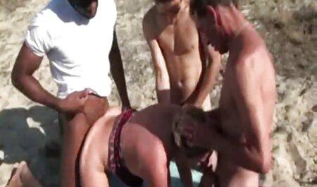 2 weiße heiße Mädchen teilen sich einen großen german porno stream schwarzen Schwanz