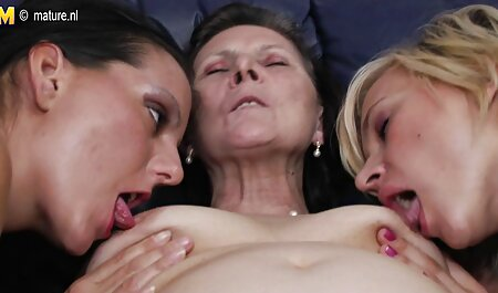 Eine lesbische Geliebte hd sexfilme benutzt ihren neuen Sklaven Teil 1 von 4