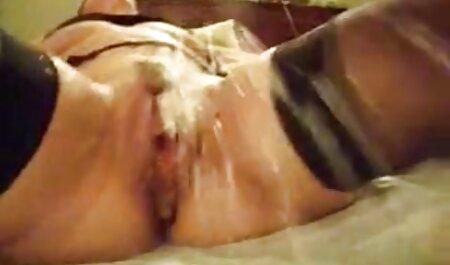 Pralle Mutter mit massiven erotikfilme hd gratis Riesenbrüsten & Kerl