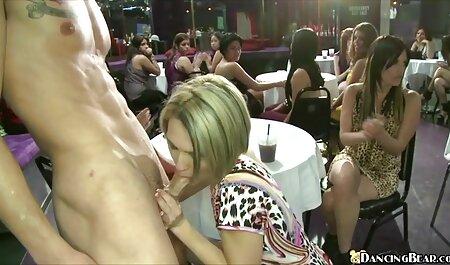 Schöne asiatische Spielzeug hd deutsche sexfilme Arsch auf Cam