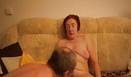 Deepthroat kostenlose hd sexvideos im Badezimmer