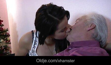Handjob von hd pornos anschauen sexy Amateur blonde Frau in heißen Amateur Porno 2