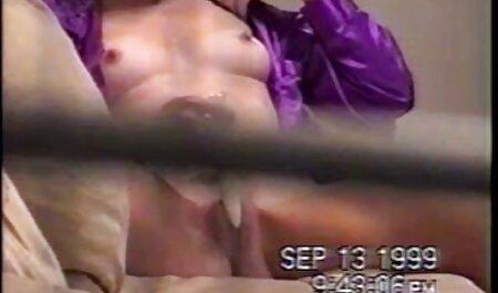 Sexy Studentinnen verlieren Kleidung und german porno stream fahren mit harten Kolben