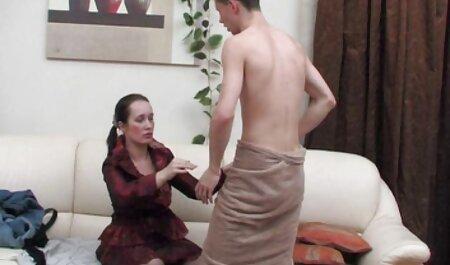 Atemberaubende heiße Blondine vor der Webcam sexfilme 24